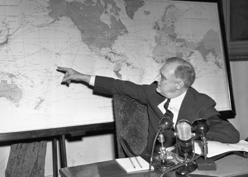 1942: Speaking of war