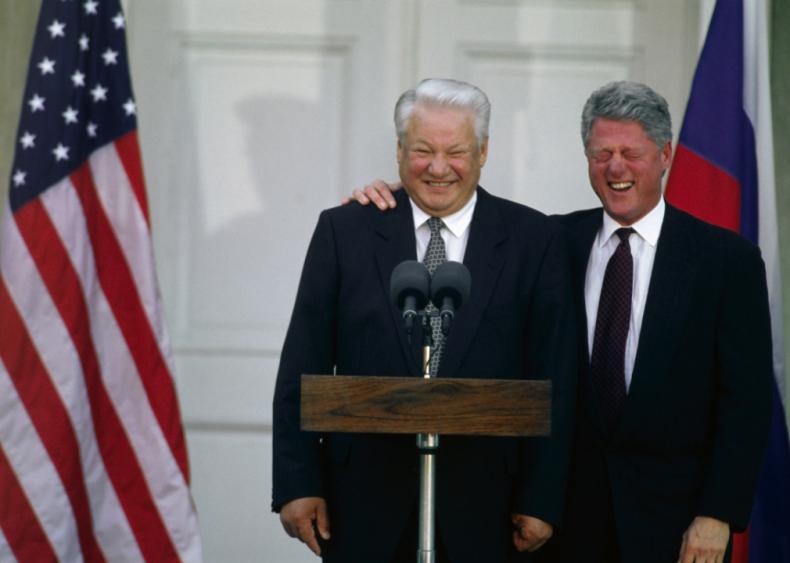 1995: Boris Yeltsin and President Clinton share a laugh