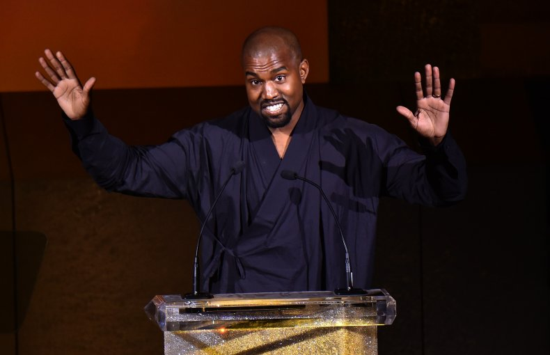 Vote Kanye West hat Kamala Harris tweet