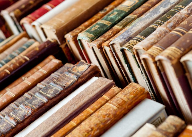 100 monumental novels from literary history