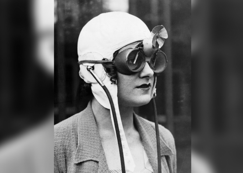 Rain goggles for race drivers