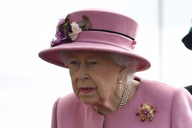 Queen Elizabeth II, Top Secret Porton Down