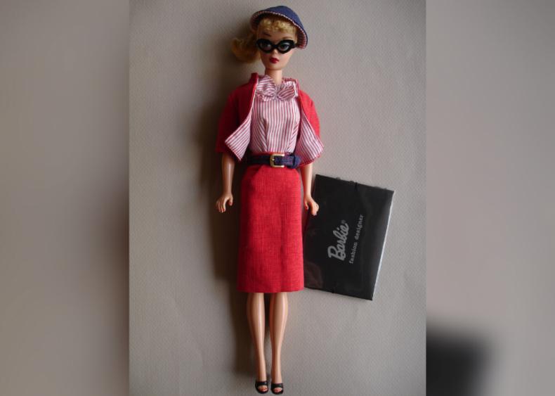 1960: Barbie becomes a fashion designer