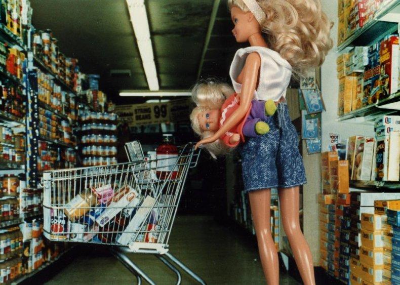 1963: Barbie the babysitter