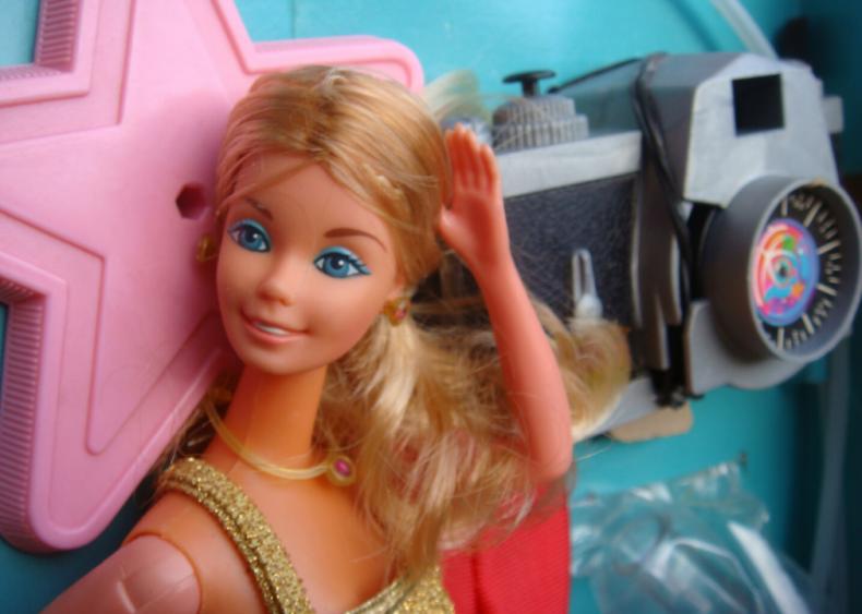 1977: Superstar Barbie sports friendlier look