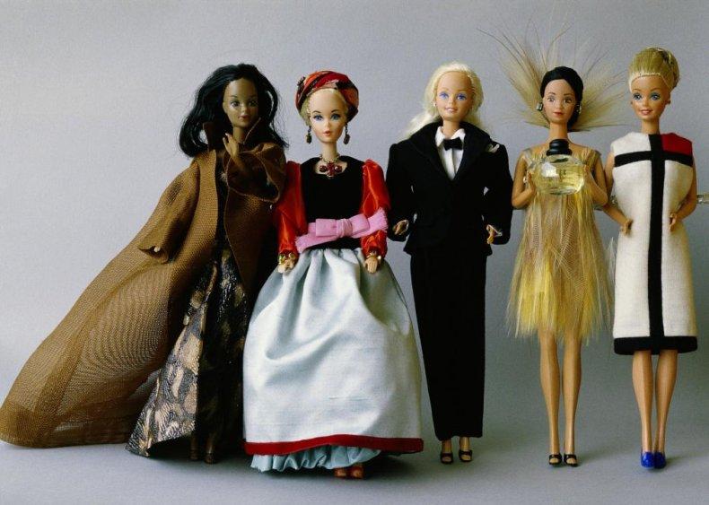 1985: Barbie gets more careers