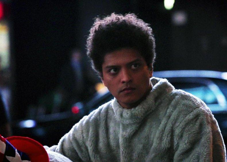 #70. Season 38, Episode 5 - Bruno Mars
