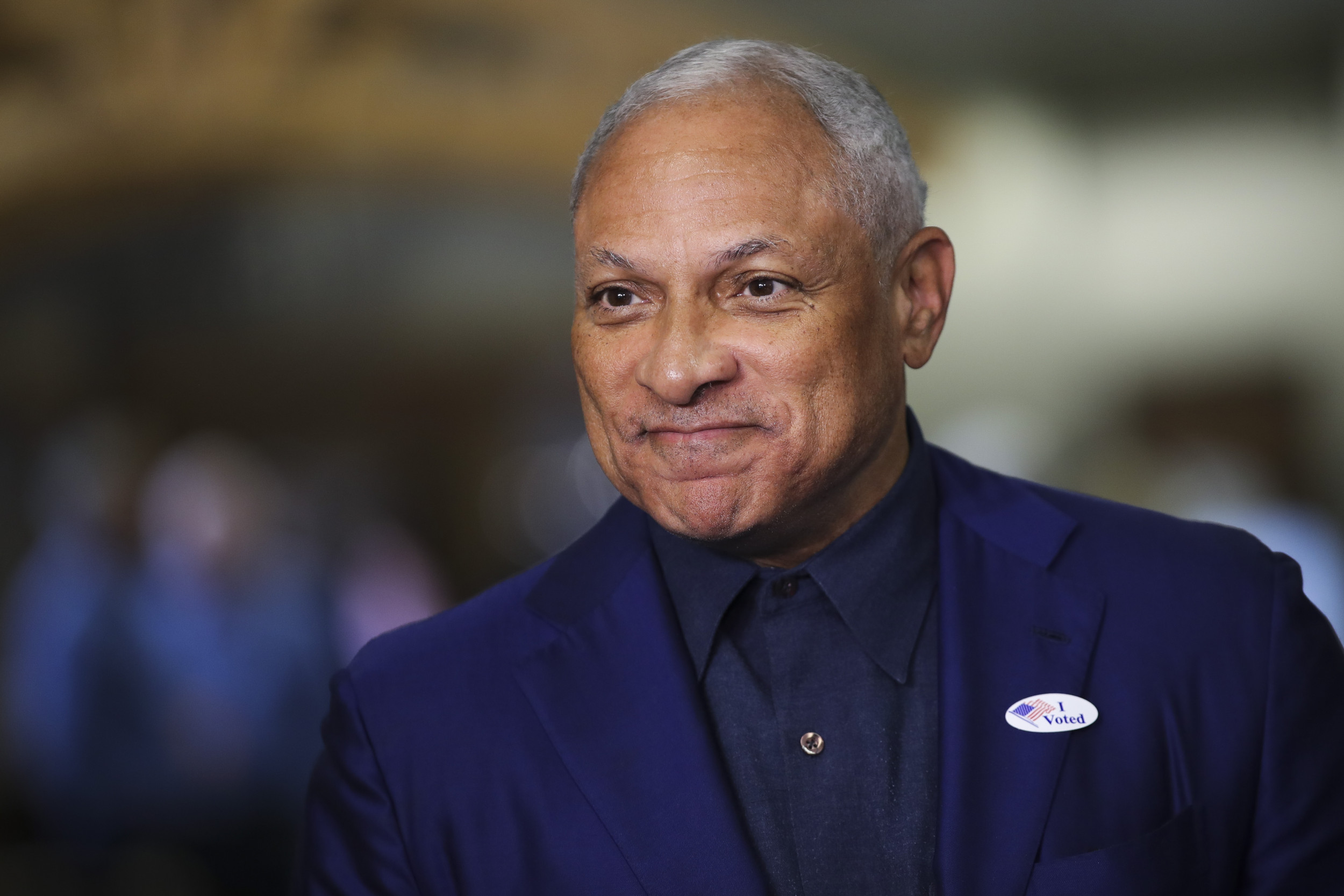 Mike Espy Erases 25-Point Deficit In Bid to Become Mississippi's First Black Senator Since Reconstruction