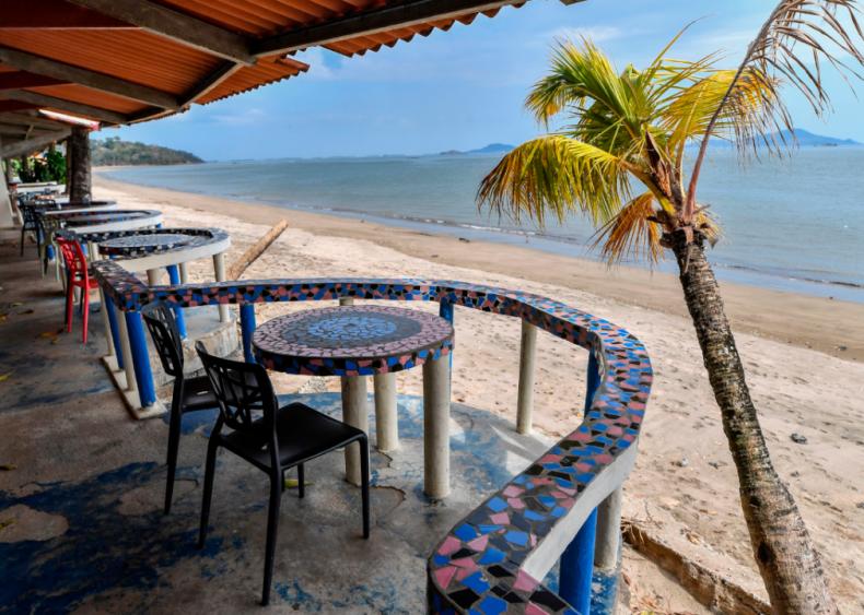 Empty beaches in Veracruz, Panama