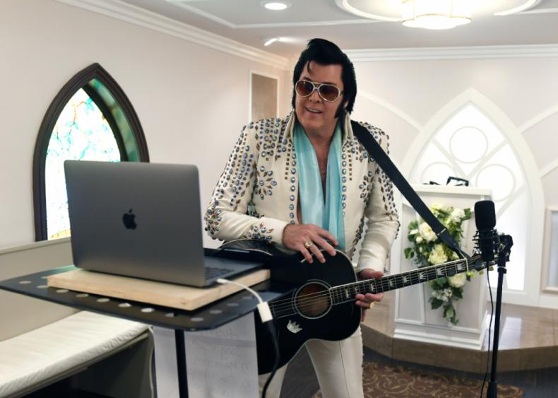 Live Virtual Elvis-Themed Vow Renewals in Las Vegas