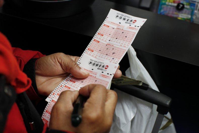 Powerball ticket New York City 2016