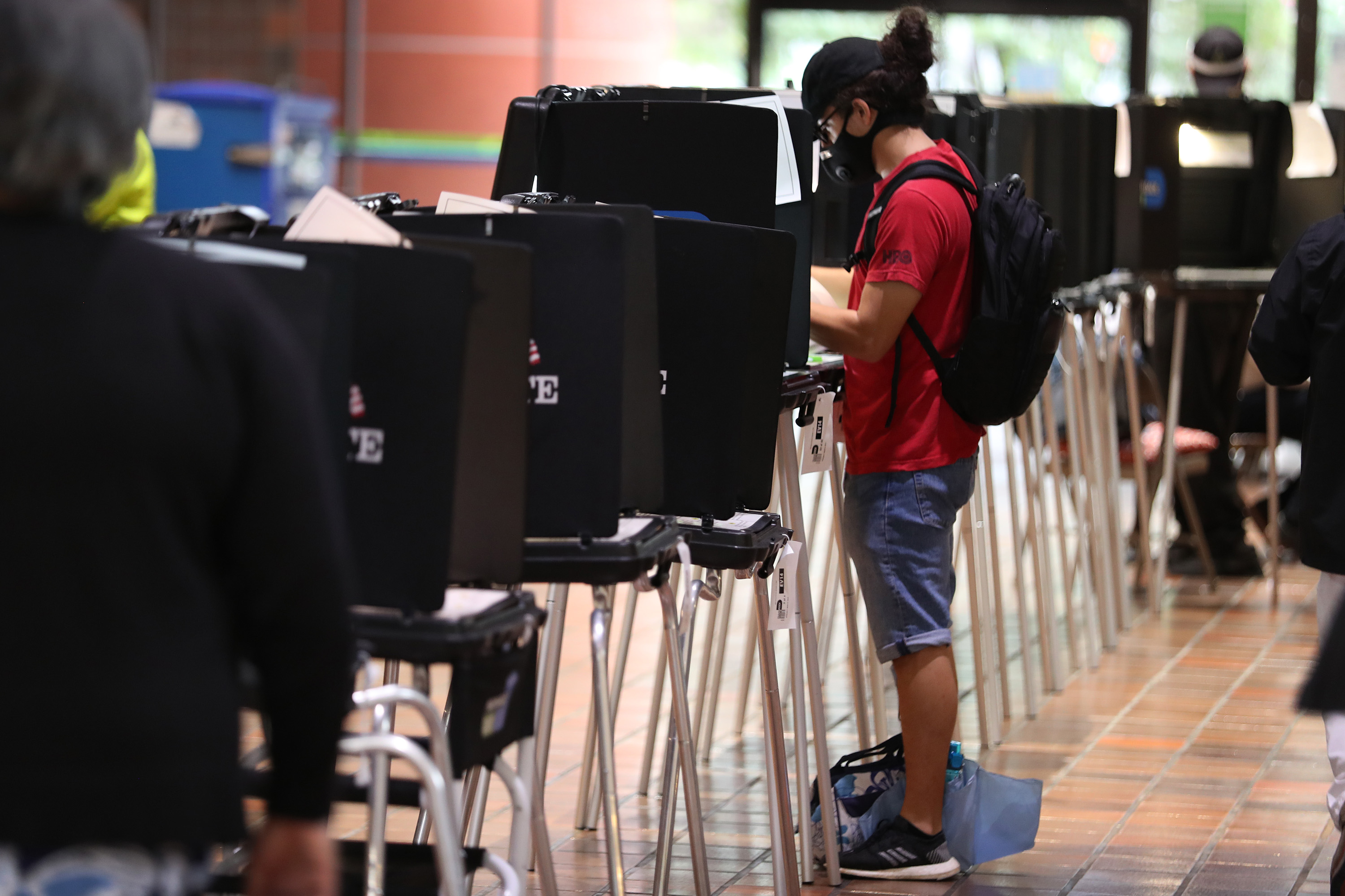 Trump Campaign Says It Didn't Hire Armed Guards To Patrol Early Voting Location in Florida thumbnail