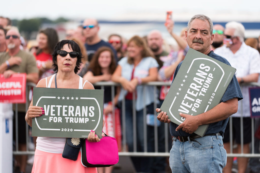 """Veterans still back Trump after alleged """"losers"""" and """"suckers"""" comments"""