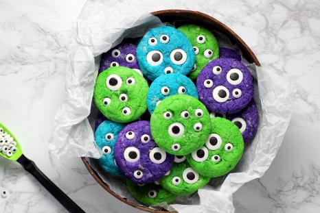 Halloween Crinkle Cookies