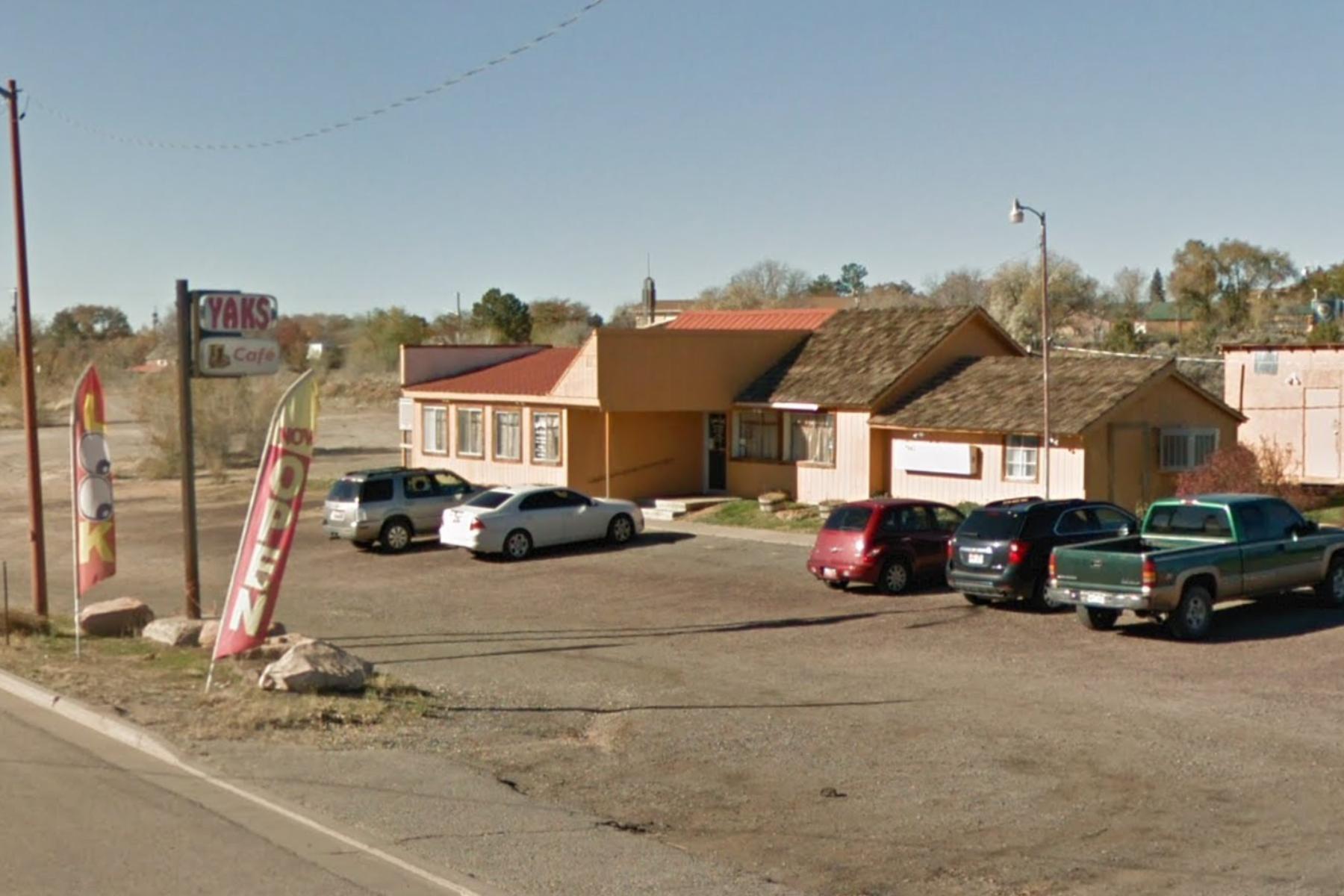 Utah restaurant bans masks as COVID cases in state skyrocket