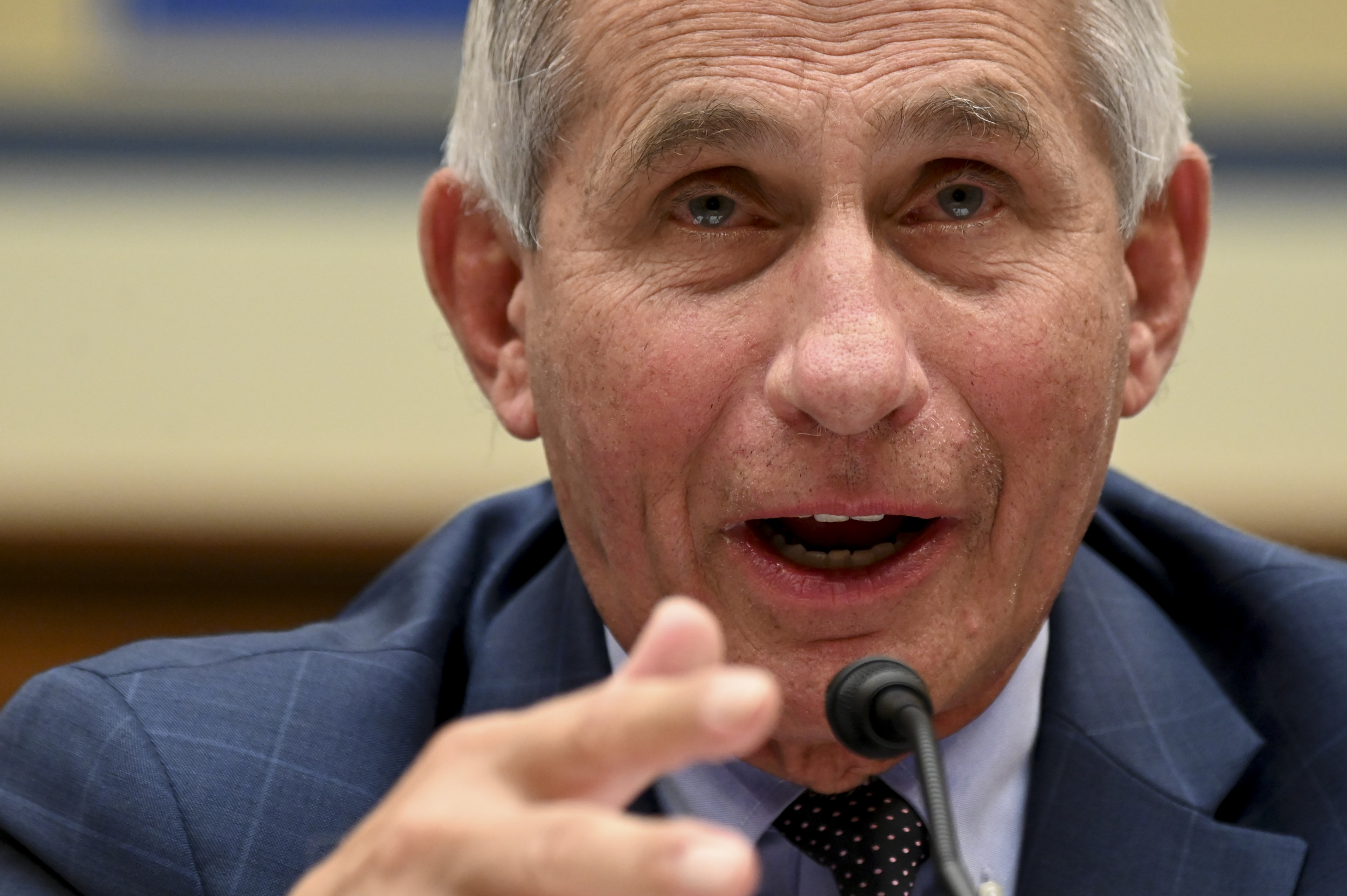 "White House praises Trump for ""ending"" COVID pandemic, Fauci says finish ""not even close"""