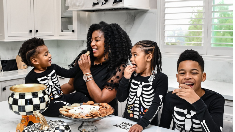 share halloween with family
