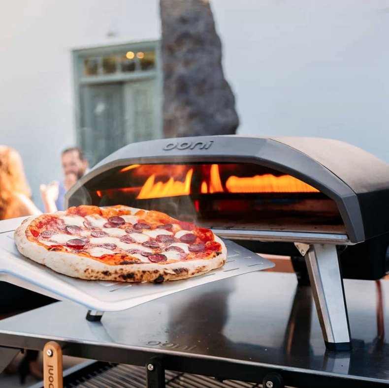 Best Kitchen Gifts 2020 - Pizza Oven
