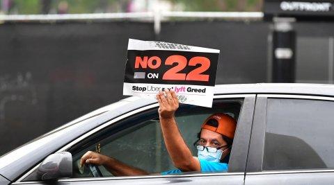 Uber driver, Prop 22