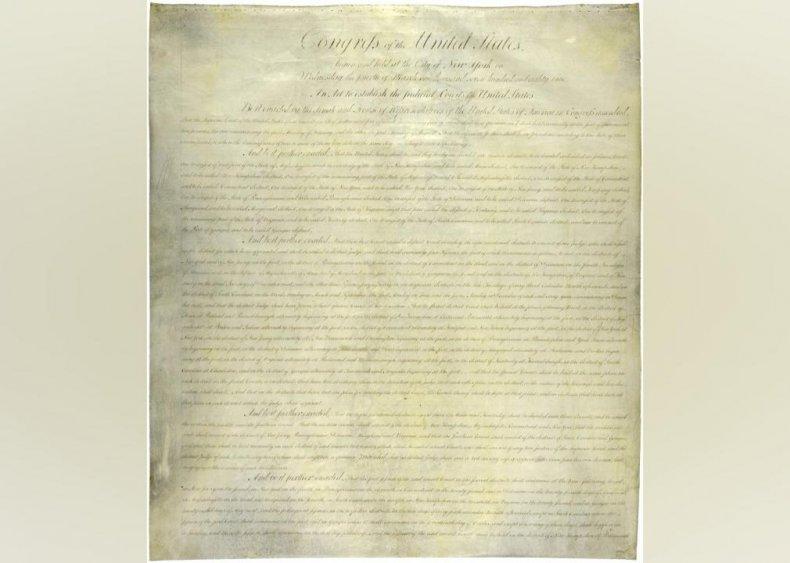 1789: The Supreme Court is established