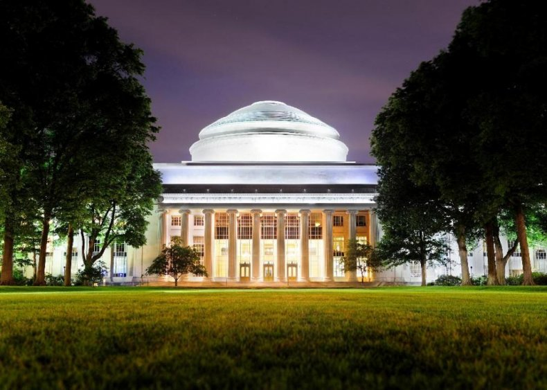 Best college for low-income students: Massachusetts Institute of Technology