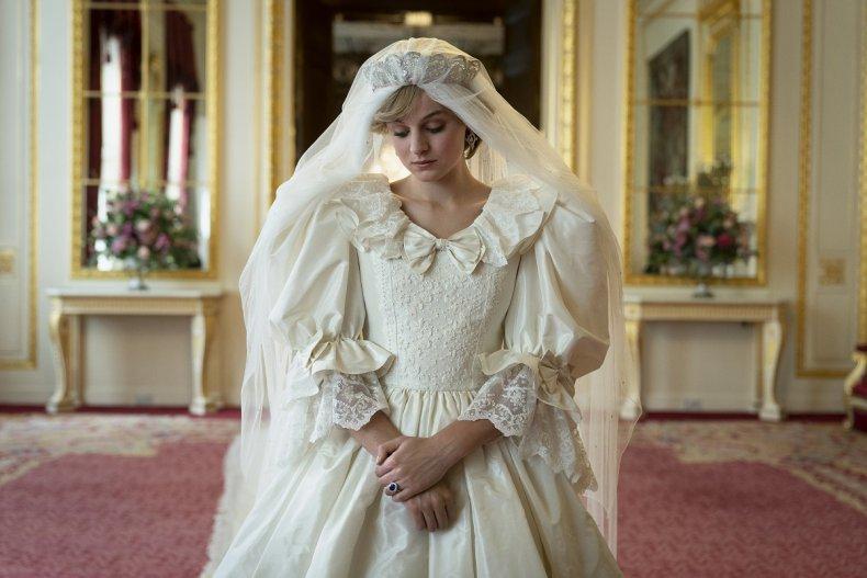 The Crown Princess Diana Wedding Dress Netflix