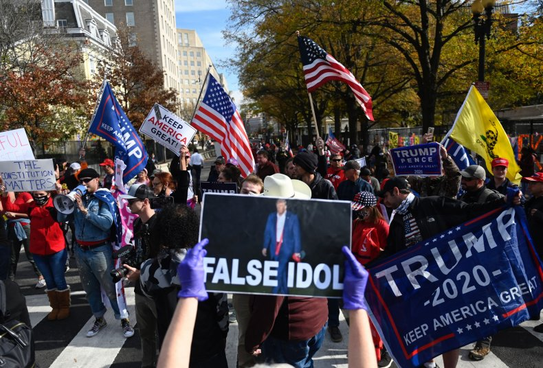 donald, trump, protest, supporters, opposition, white, house