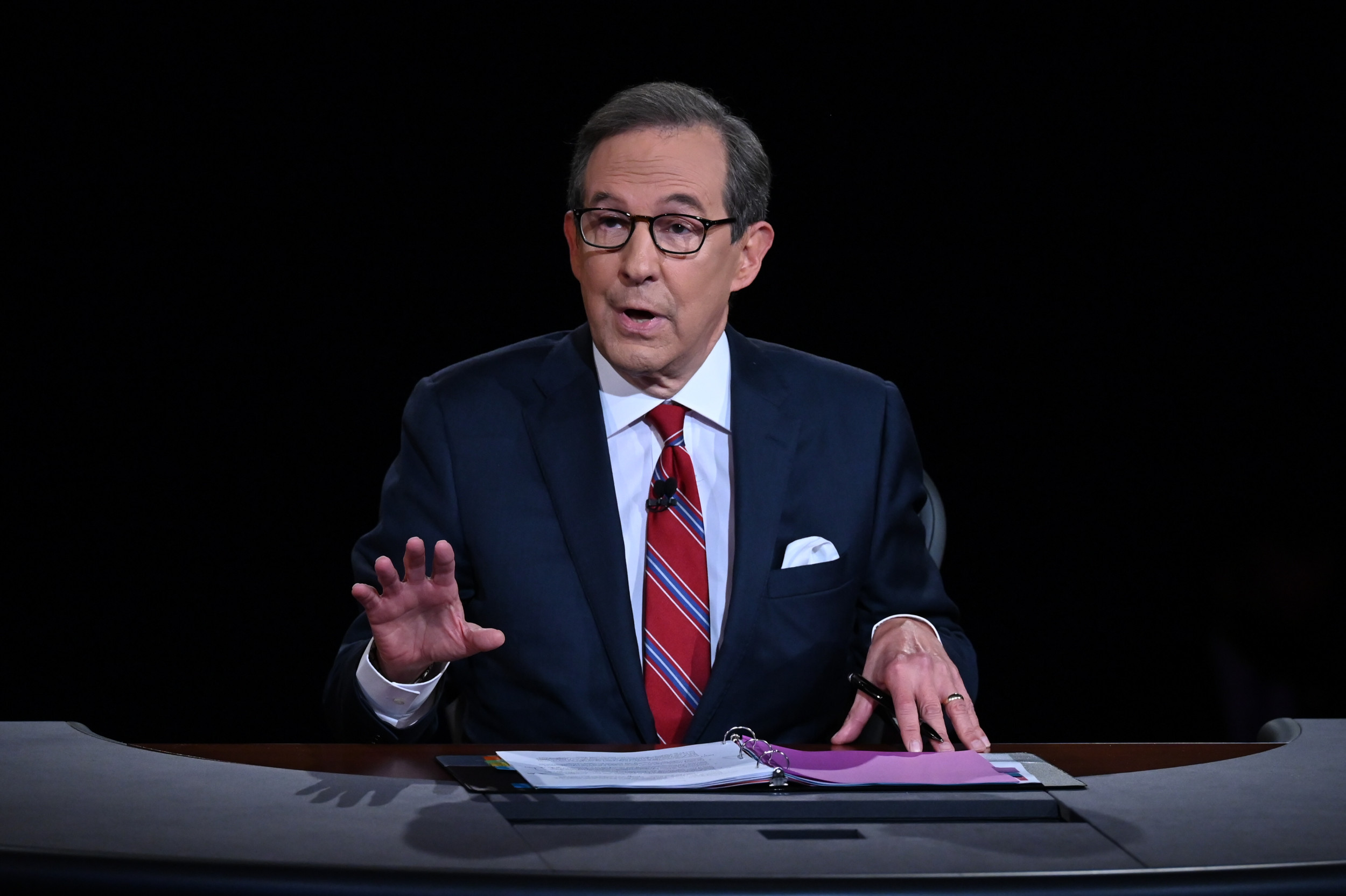 Fox News' Chris Wallace Dismisses Network Reporter's Claim That Trump's 'Winning Even as He's Losing'