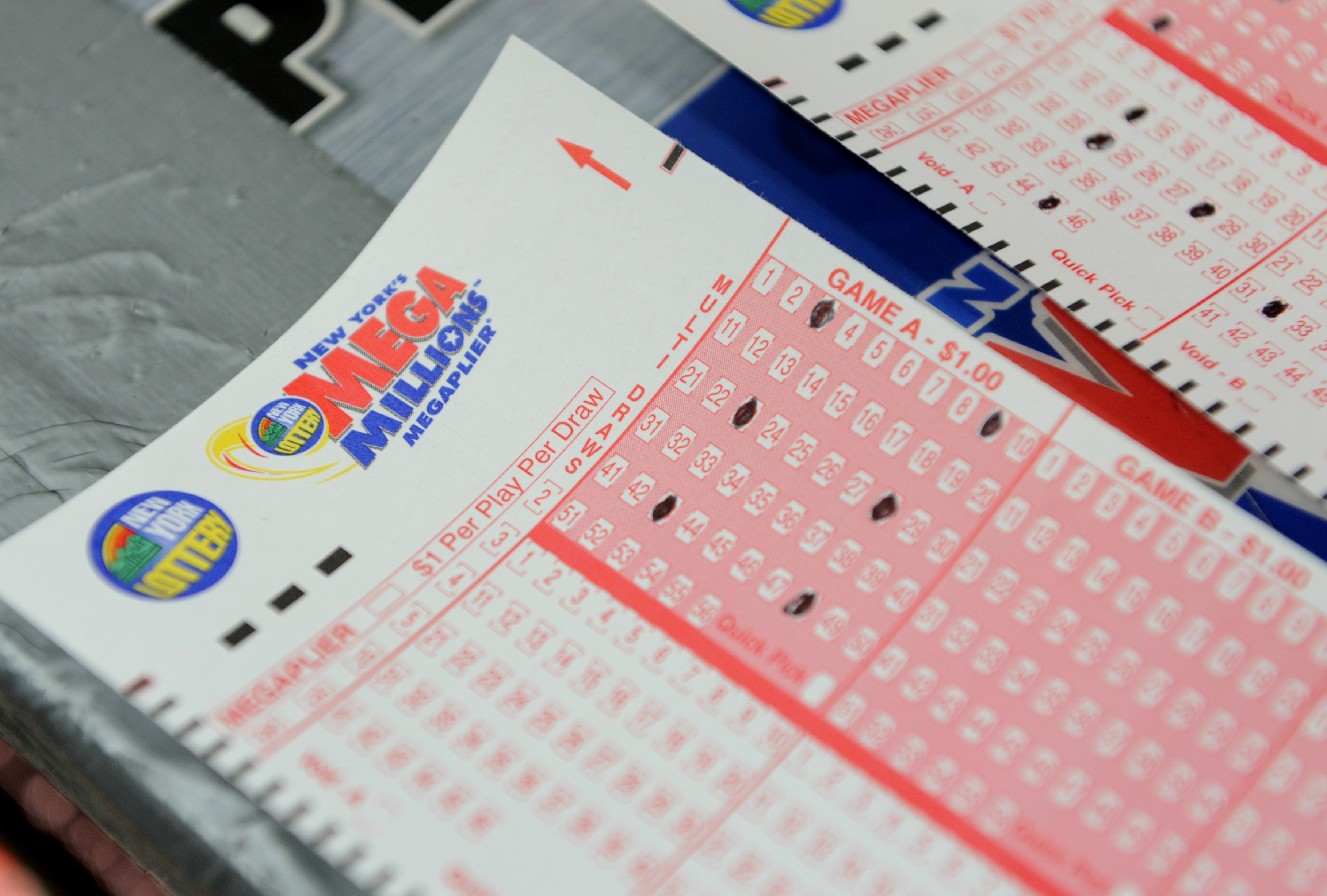 Mega Millions Results Numbers For 11 17 20 Did Anyone Win The 176 Million