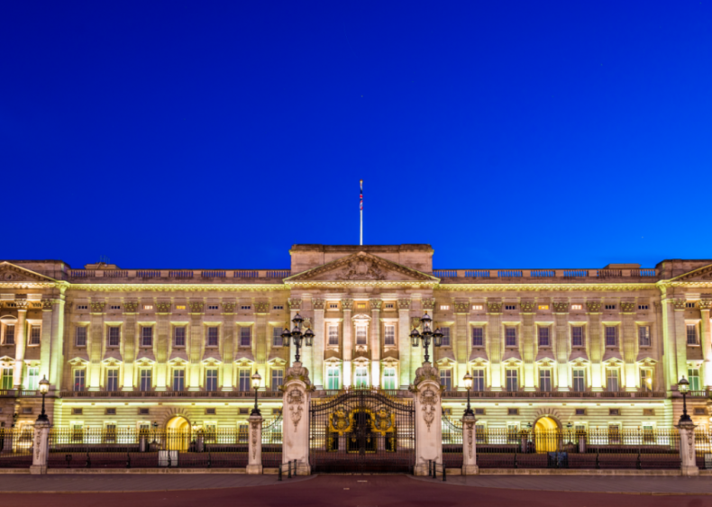 Queen Elizabeth II: Buckingham Palace