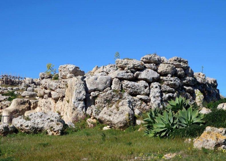 Ġgantija megalithic temple complex