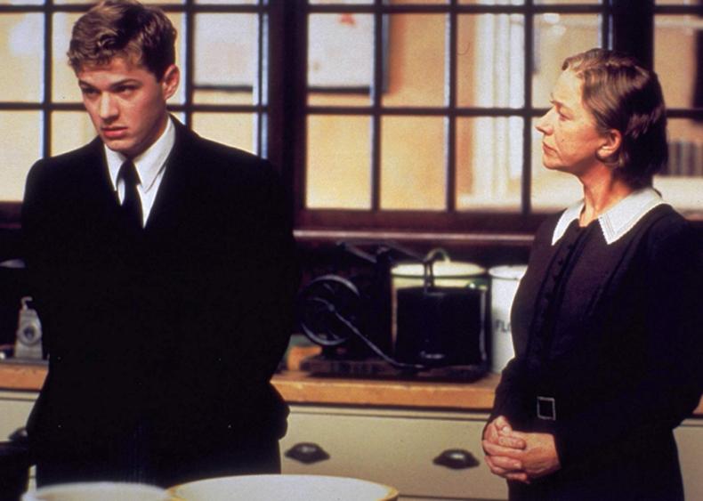 #100. Gosford Park (2001)