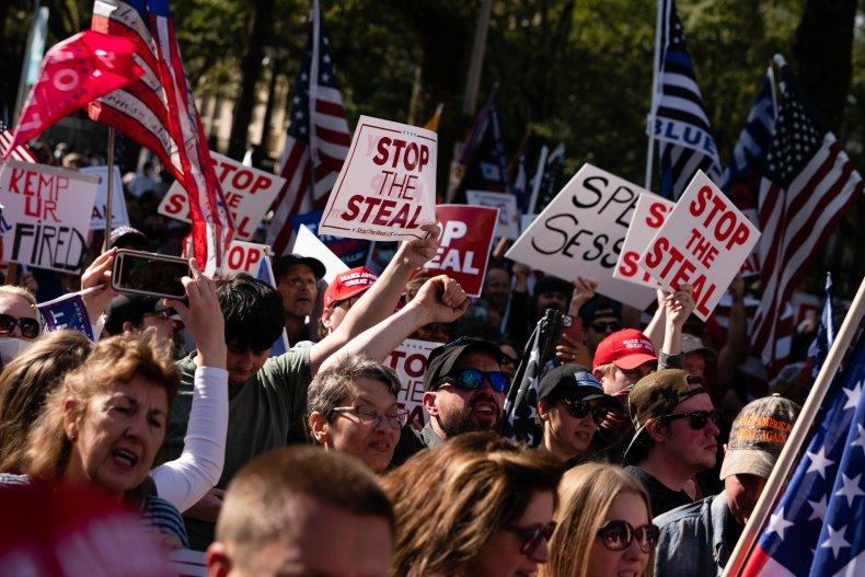 Protesters pro-trump