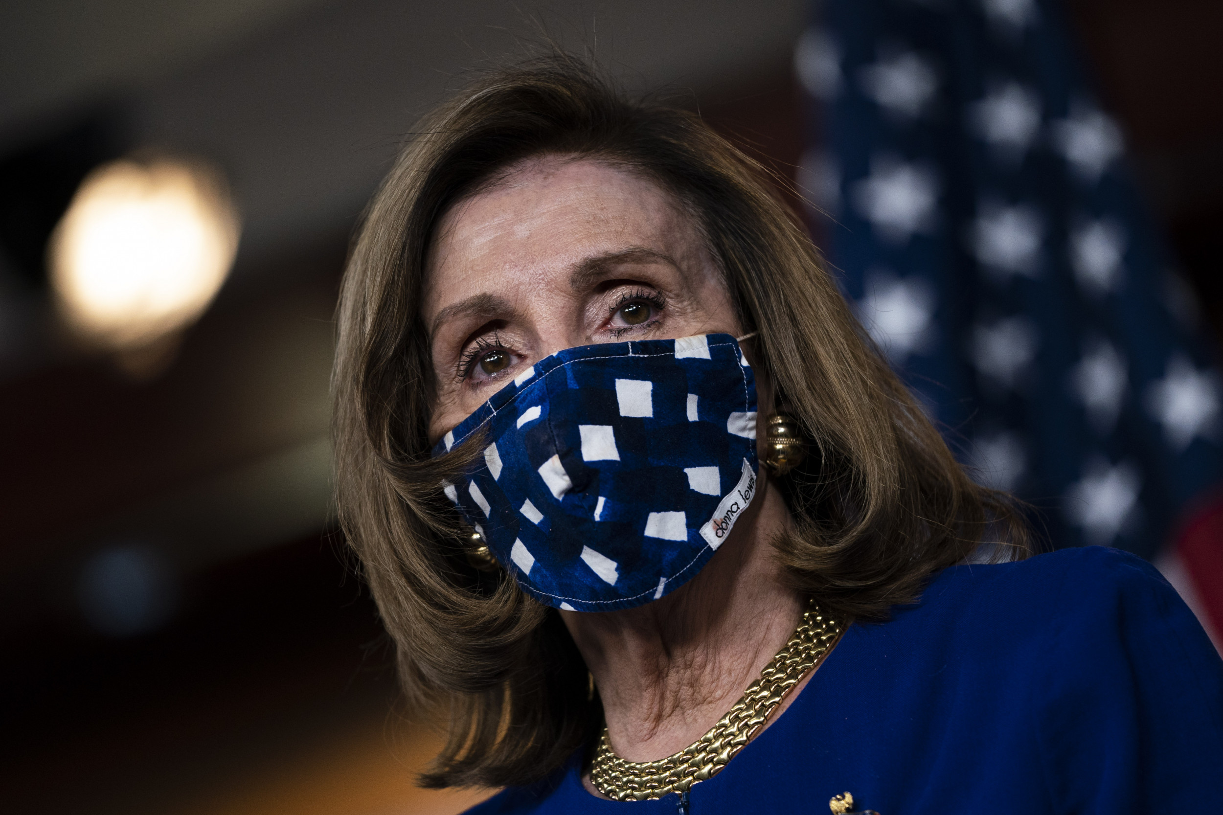 Democrats urge Pelosi to accept smaller stimulus package to ensure relief by end of year