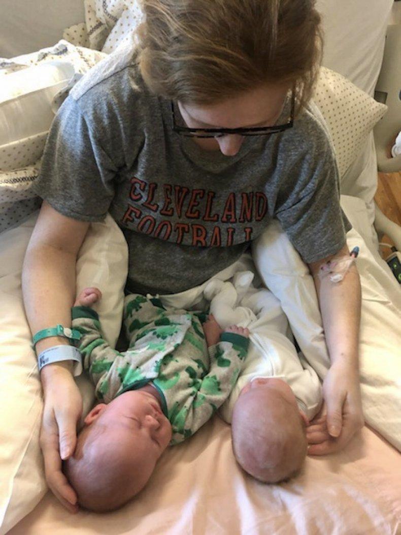 twins, childbirth, postpartum hemorrhage