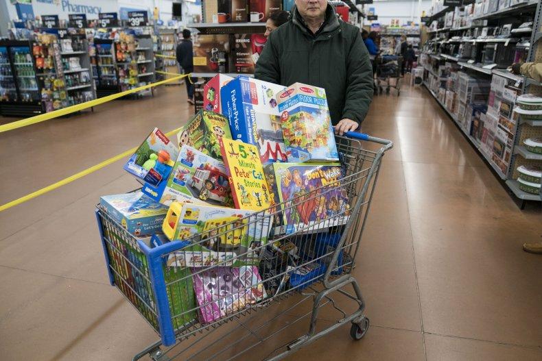 Thanksgiving Day toy shopper Pennsylvania 2019