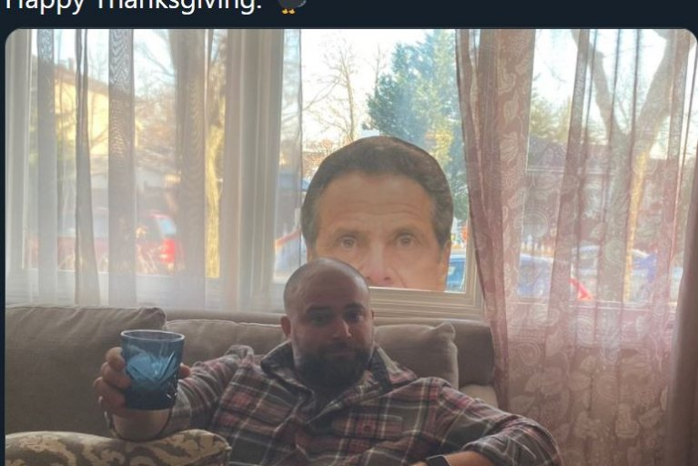 joe borelli thanksgiving cuomo window