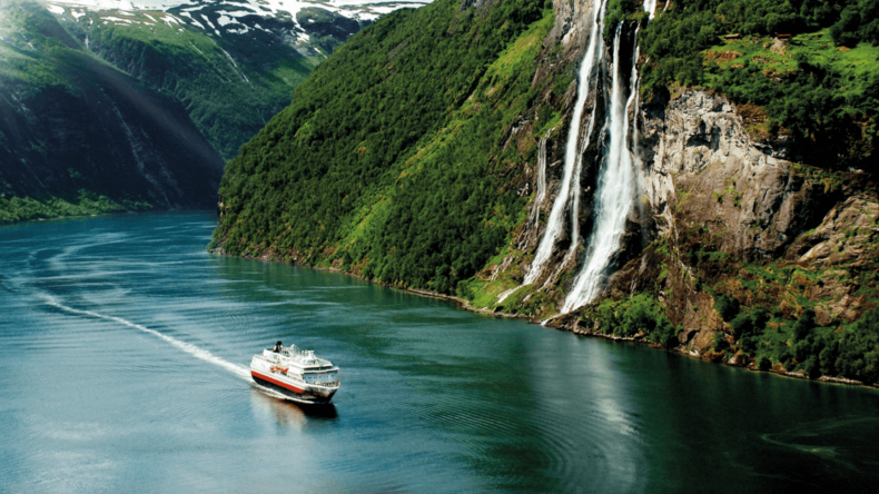 hurtigruten norway cruise