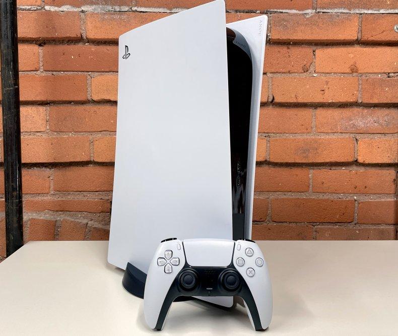 PS5 vs Xbox Series X games