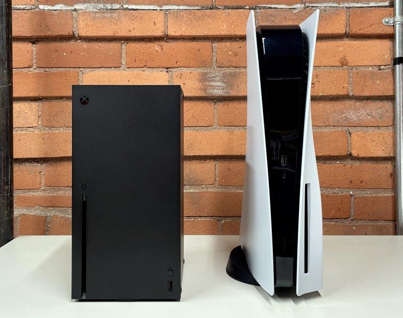 PS5 vs Xbox Series X Design