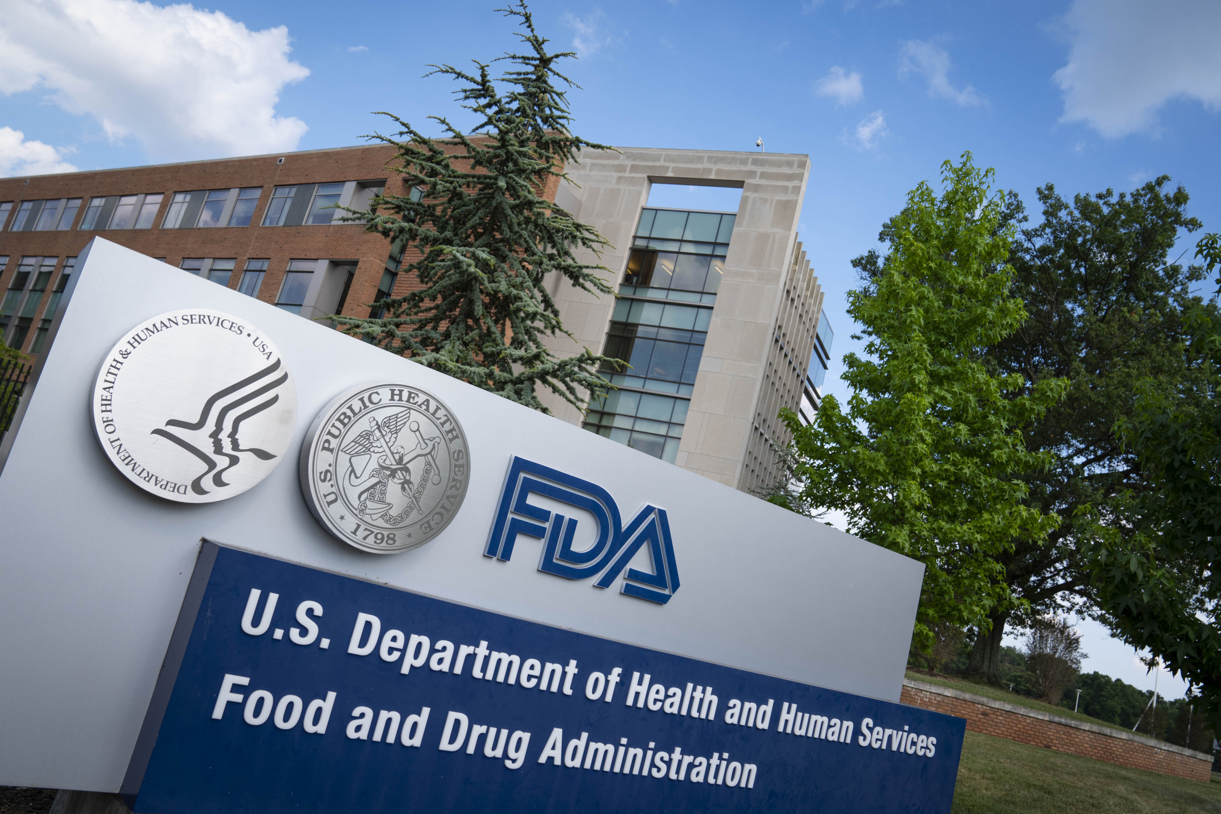 Johns Hopkins researcher calls out FDA, says his team could approve COVID vaccine in an hour