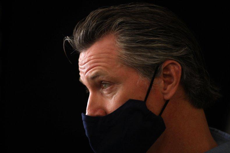 Gavin Newsom wearing mask in Los Angeles