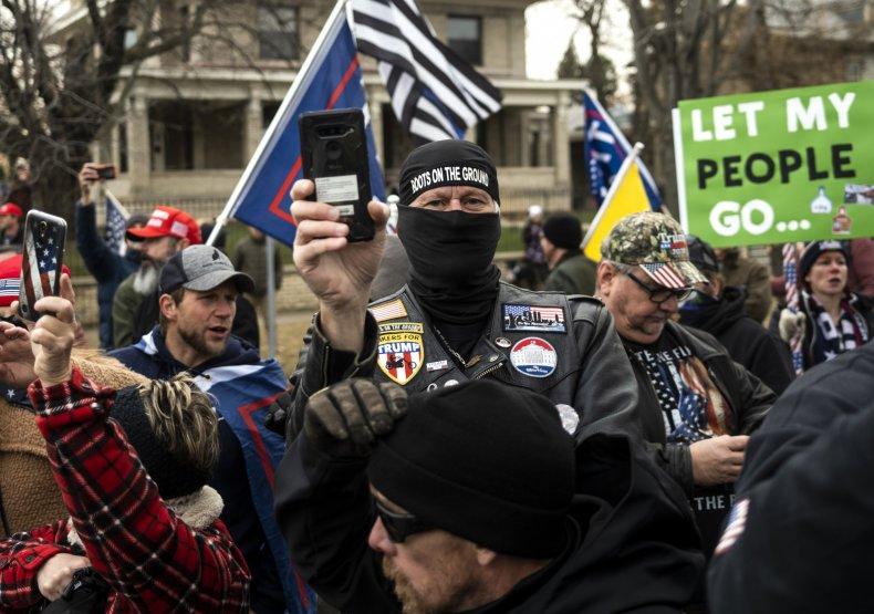 Minnesota COVID-19 lockdown protest December 2020