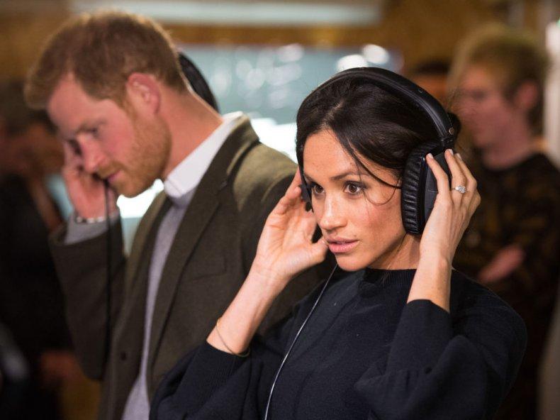Meghan Markle and Prince Harry Reprezent Radio