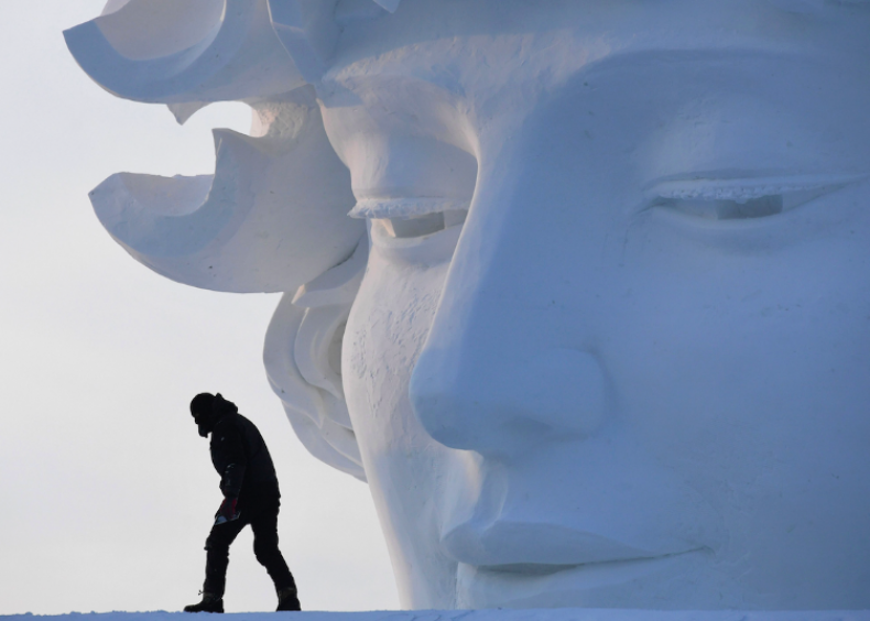 50 amazing snow and ice sculptures from around the world
