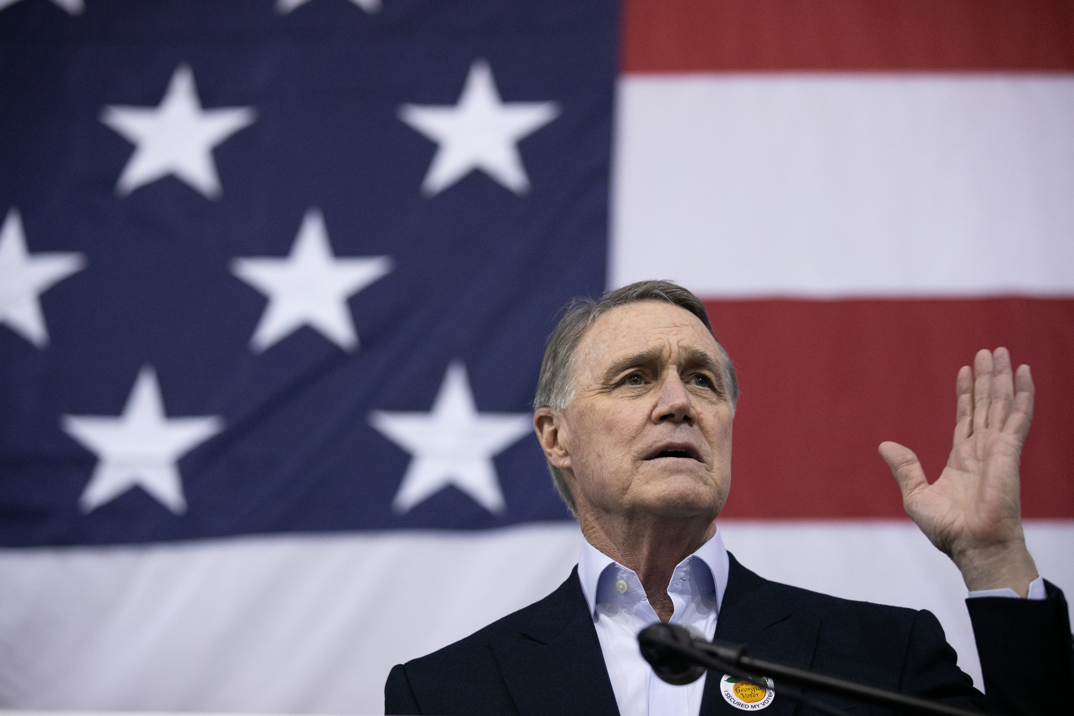 What Polls Say About David Perdue and Jon Ossoff 2 Weeks Before the Georgia Election