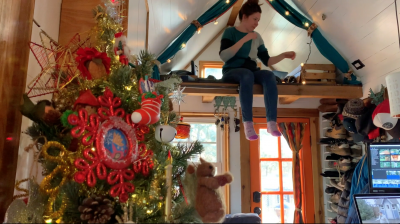 Tiny house, tiny home, Christmas