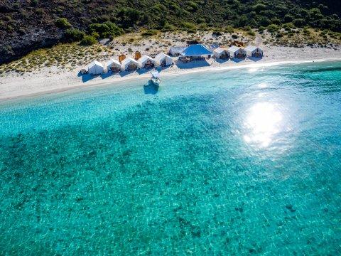 Camp Cecil, Espíritu Santo Island, Mexico
