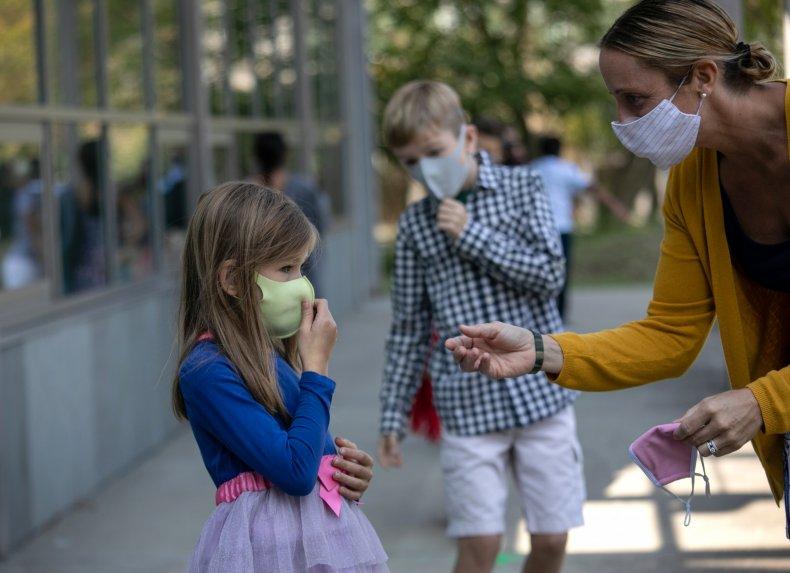 Connecticut school students teacher masks September 2020