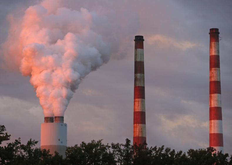 April 16: EPA weakens controls on Mercury